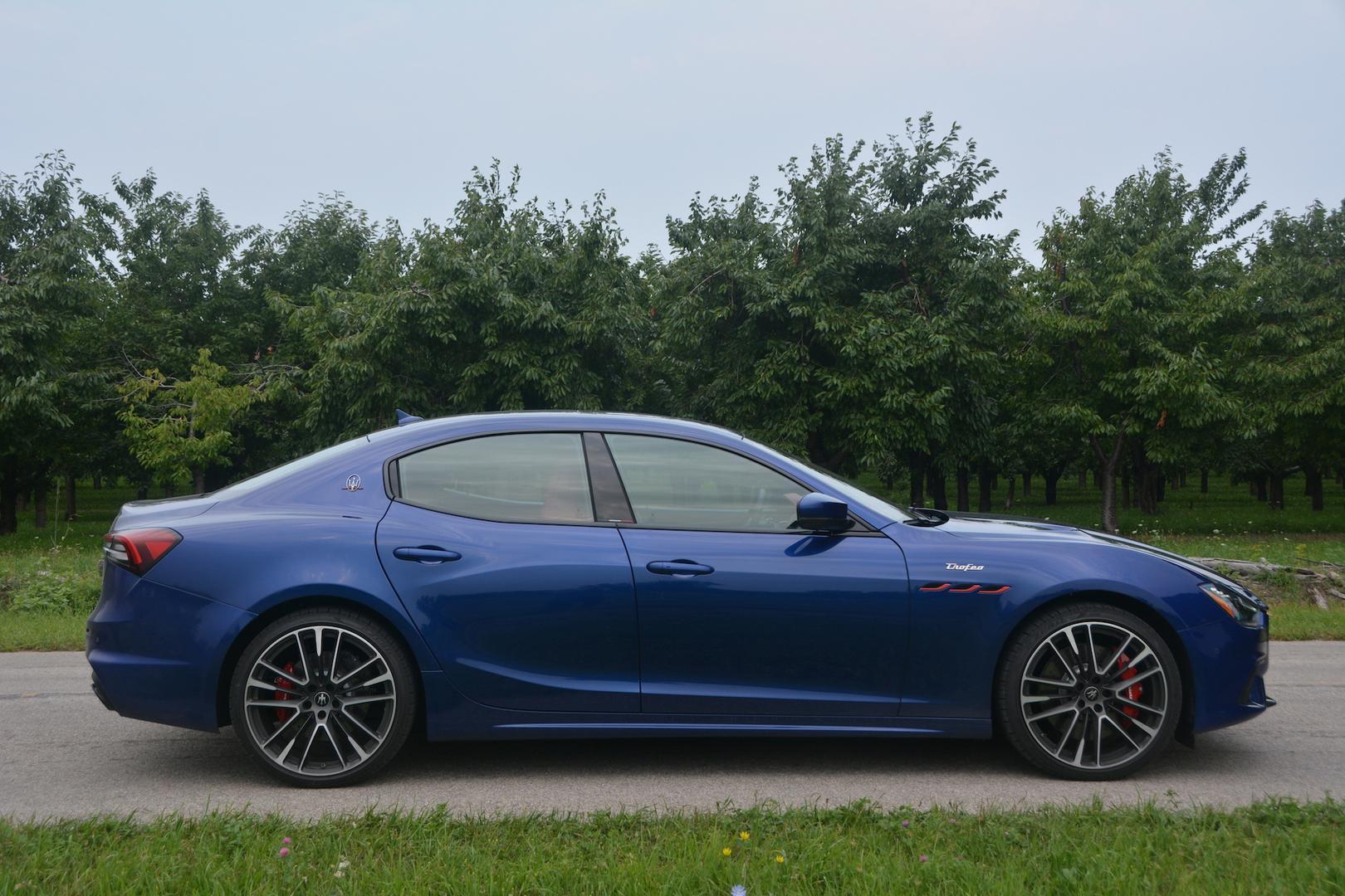 Maserati Ghibli Trofeo 4 doors