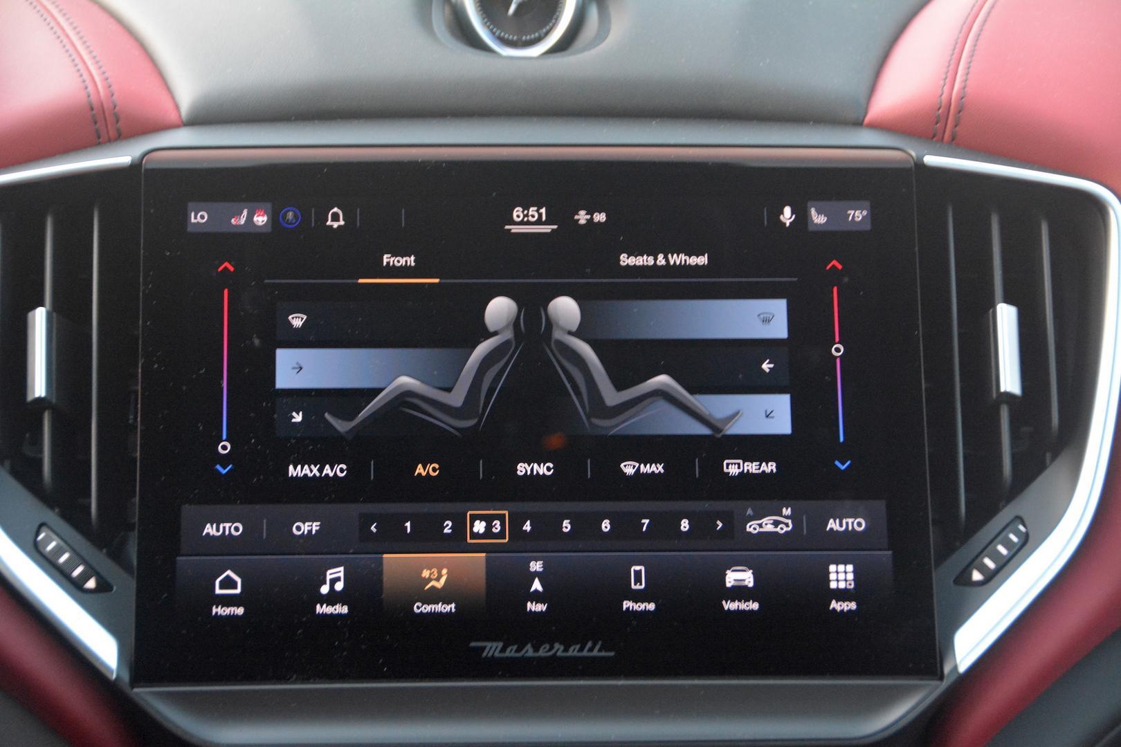 Maserati Ghibli Trofeo media interface