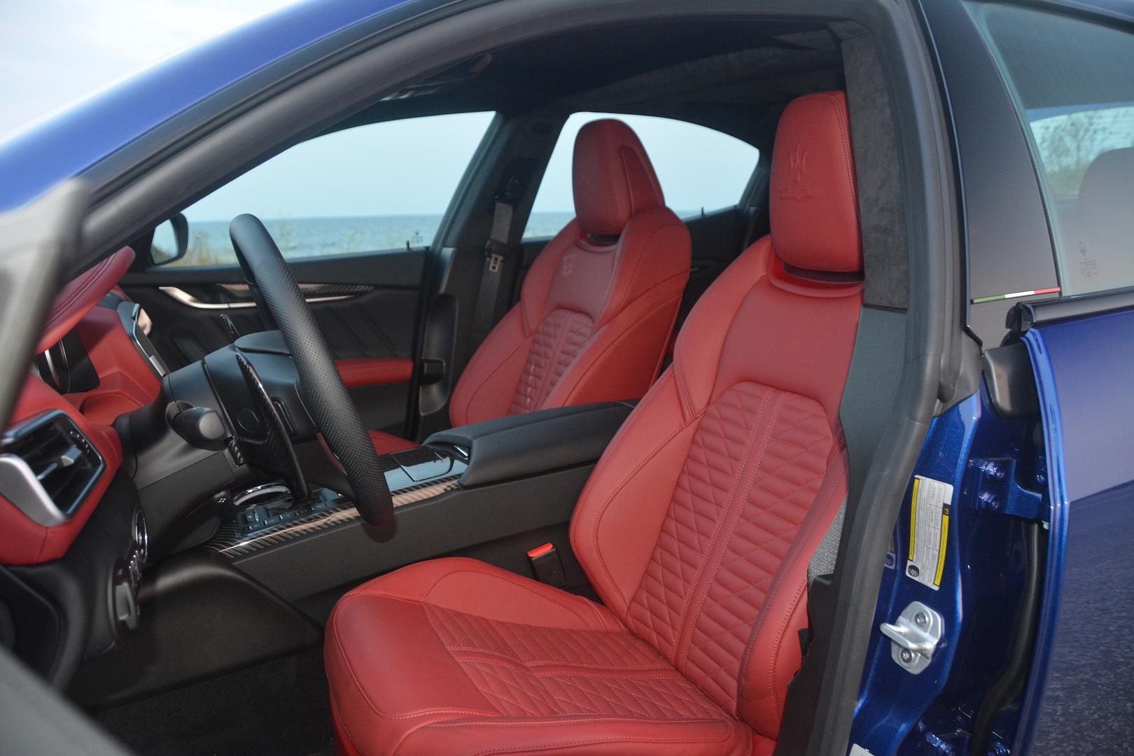 Maserati Ghibli Trofeo seats