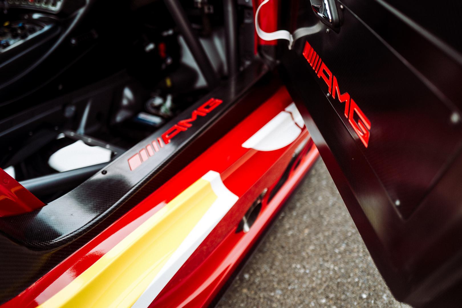 AMG GT3 door sills