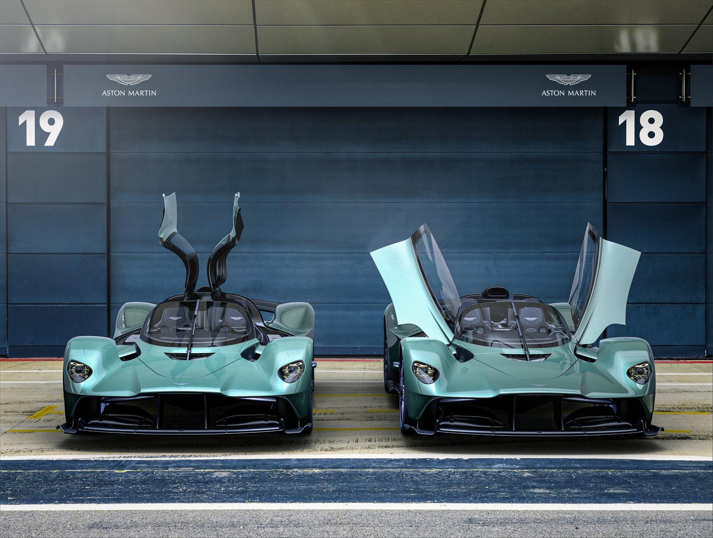 Aston Martin Valkyrie Spider front