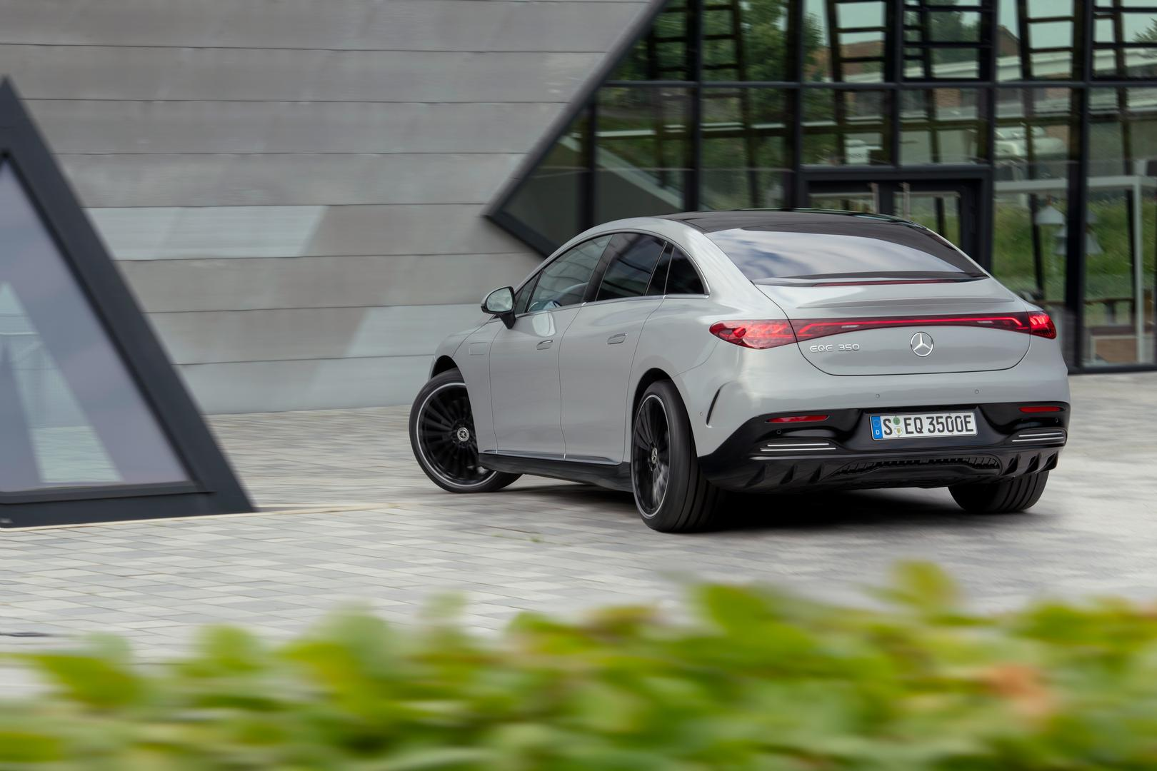 2022 Mercedes-Benz EQE rear
