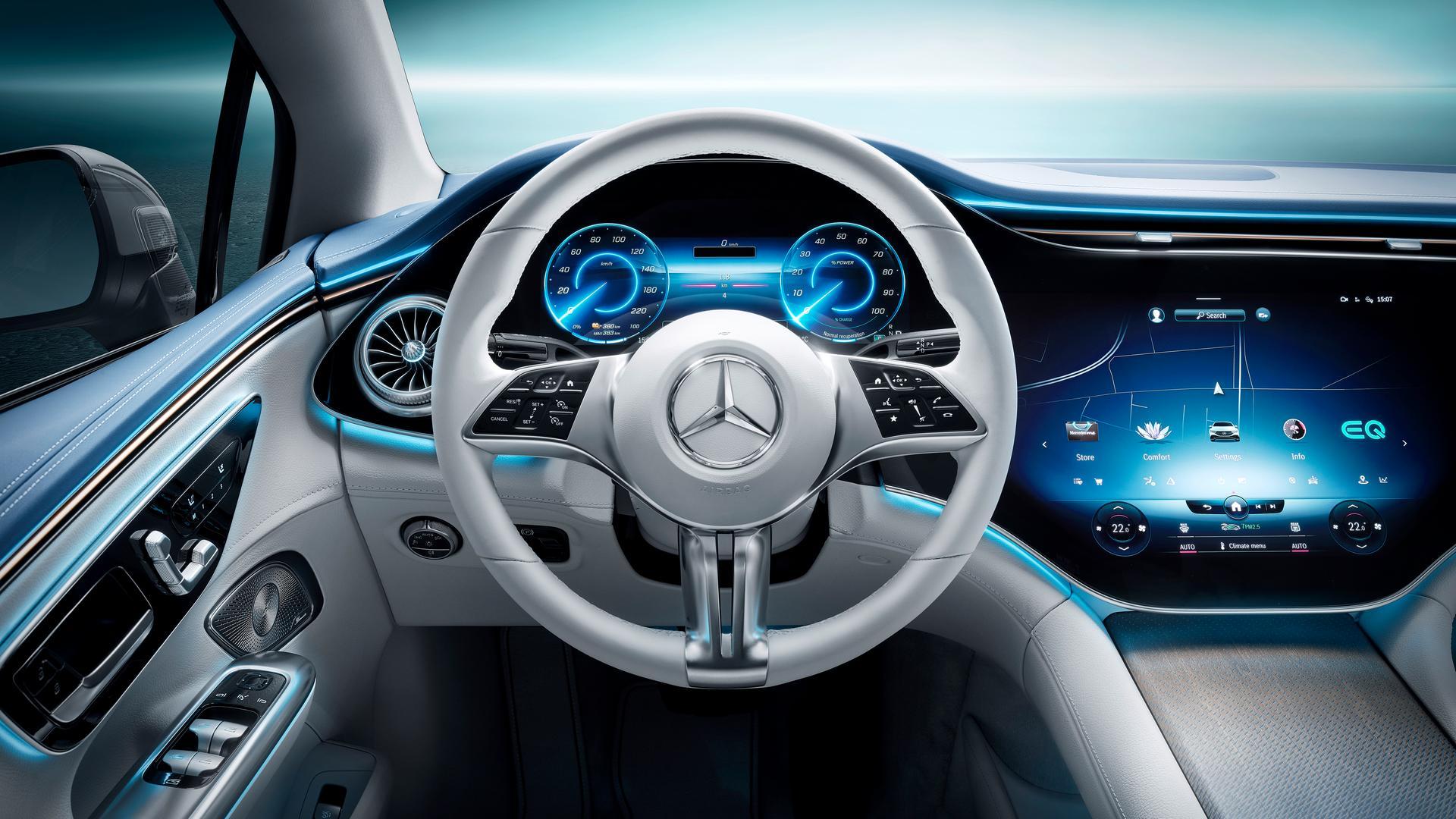 Mercedes-Benz EQE 350 steering wheel