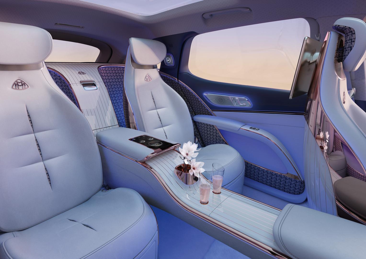 Mercedes-Maybach EQS SUV cabin
