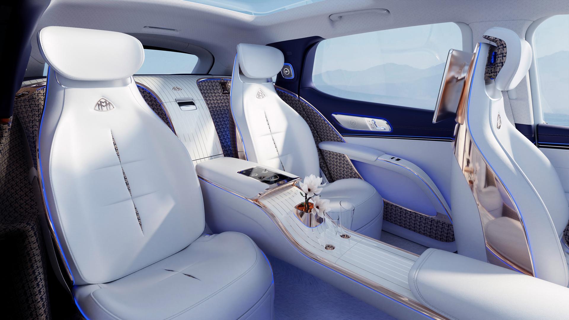 Mercedes-Maybach EQS SUV seats
