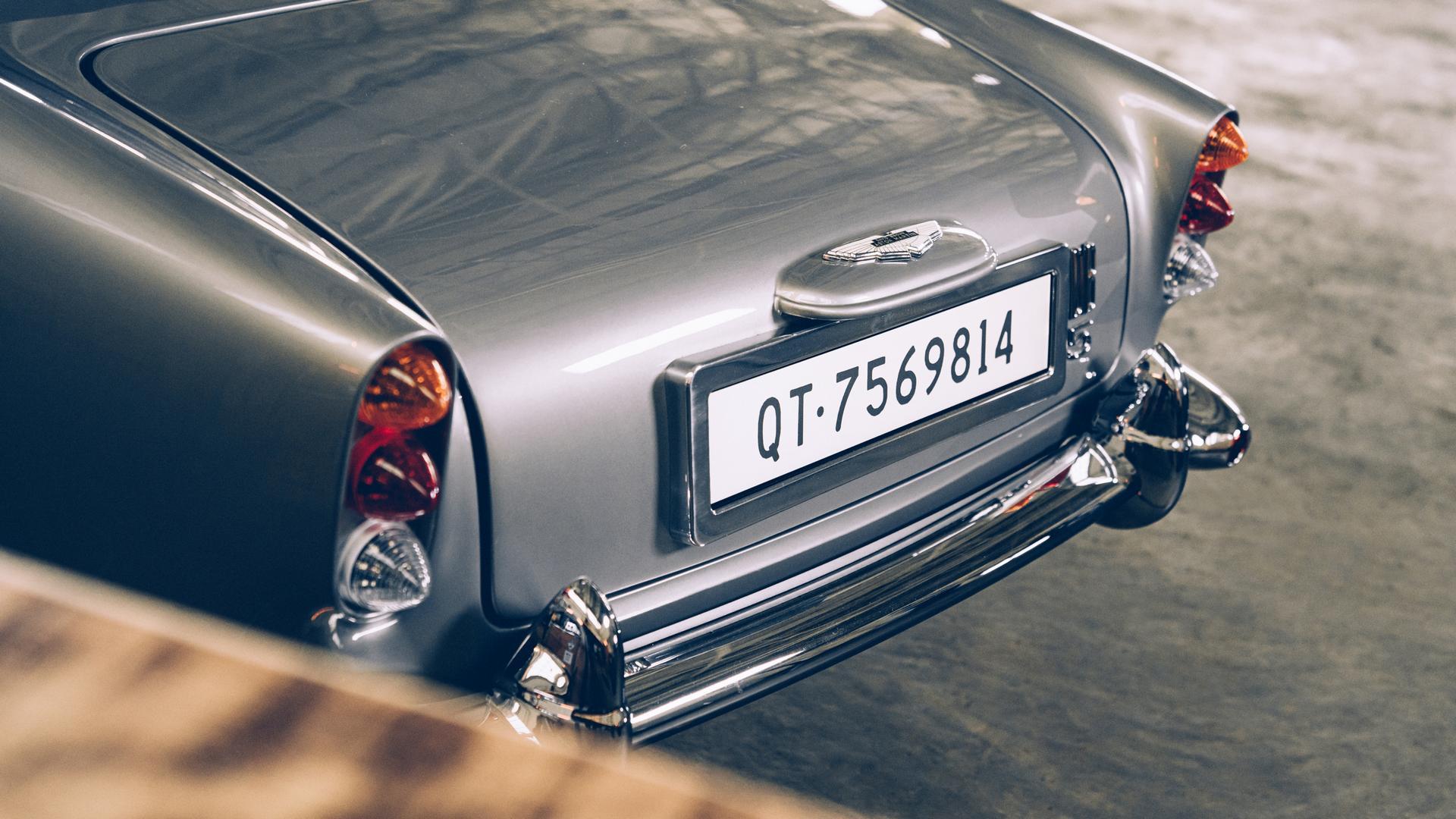 Aston Martin DB5 Junior taillights