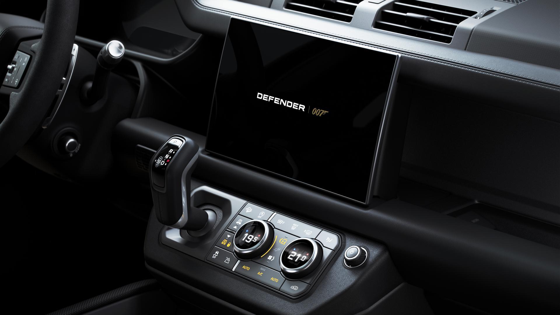 Land Rover Defender V8 Bond Edition interior