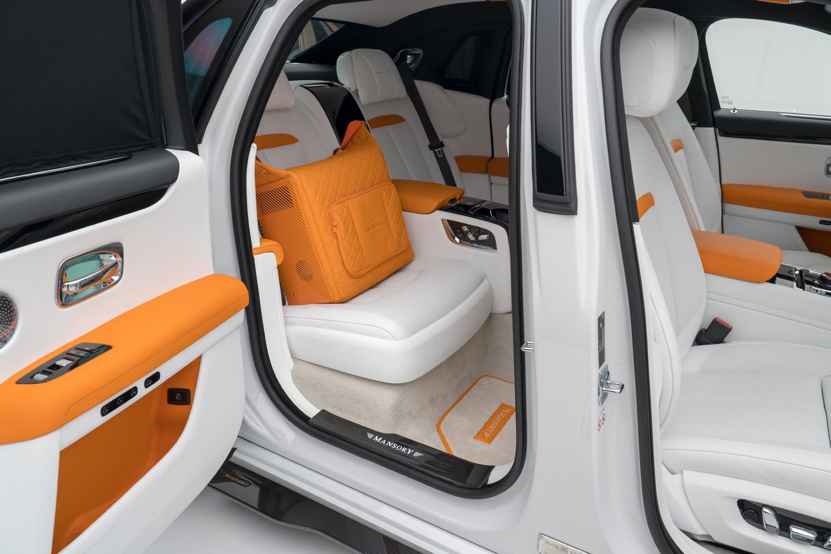 Mansory RR Ghost rear seats
