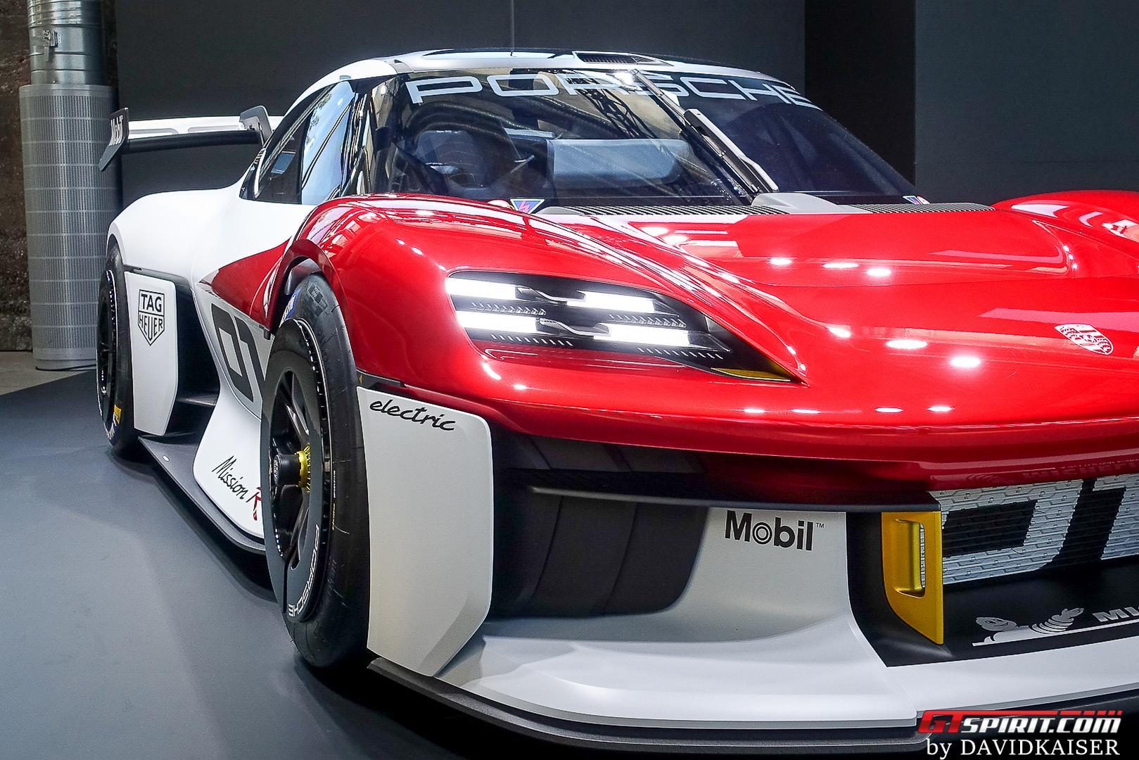 Porsche Mission R headlight