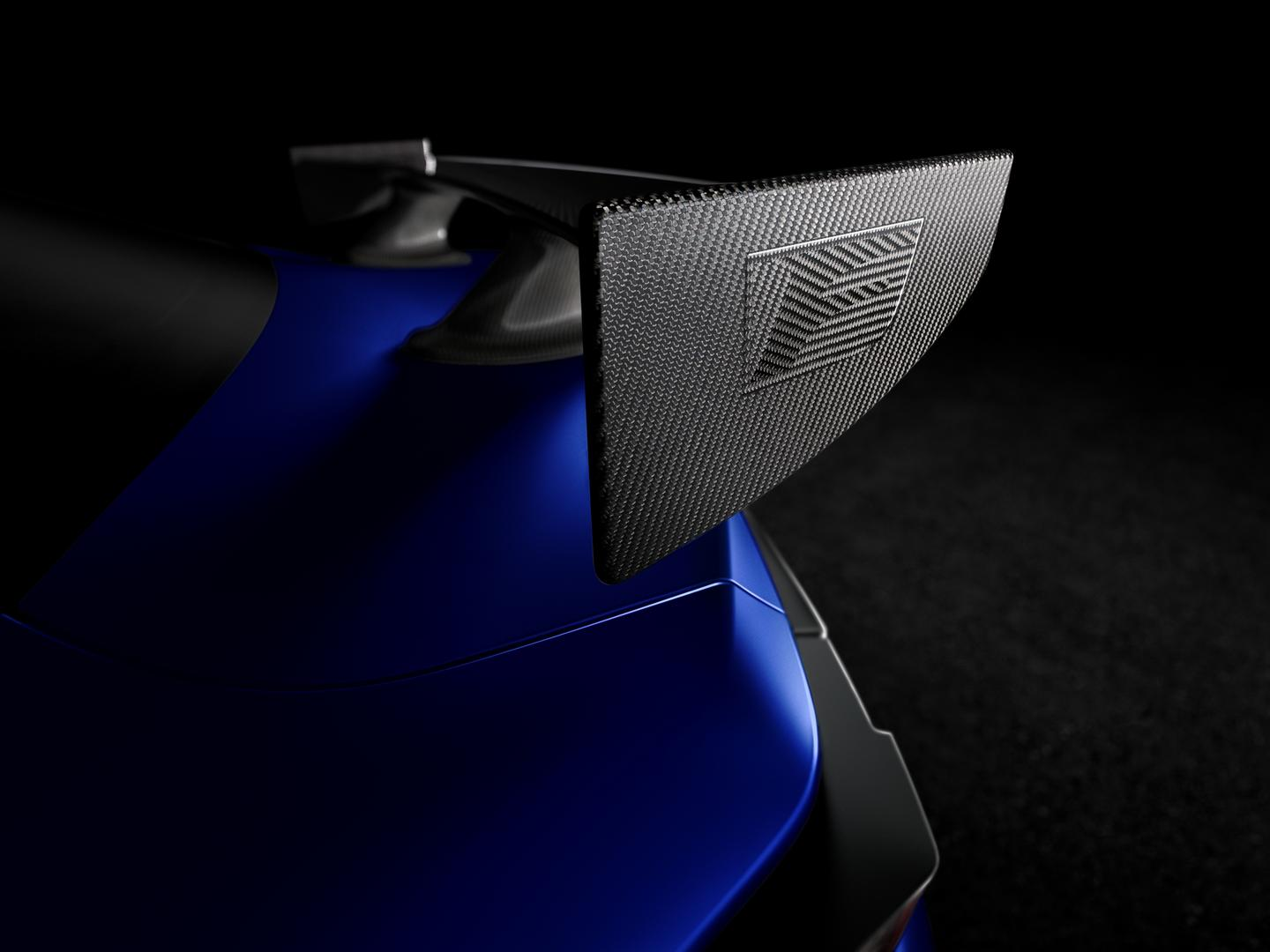 RC F rear wing carbon