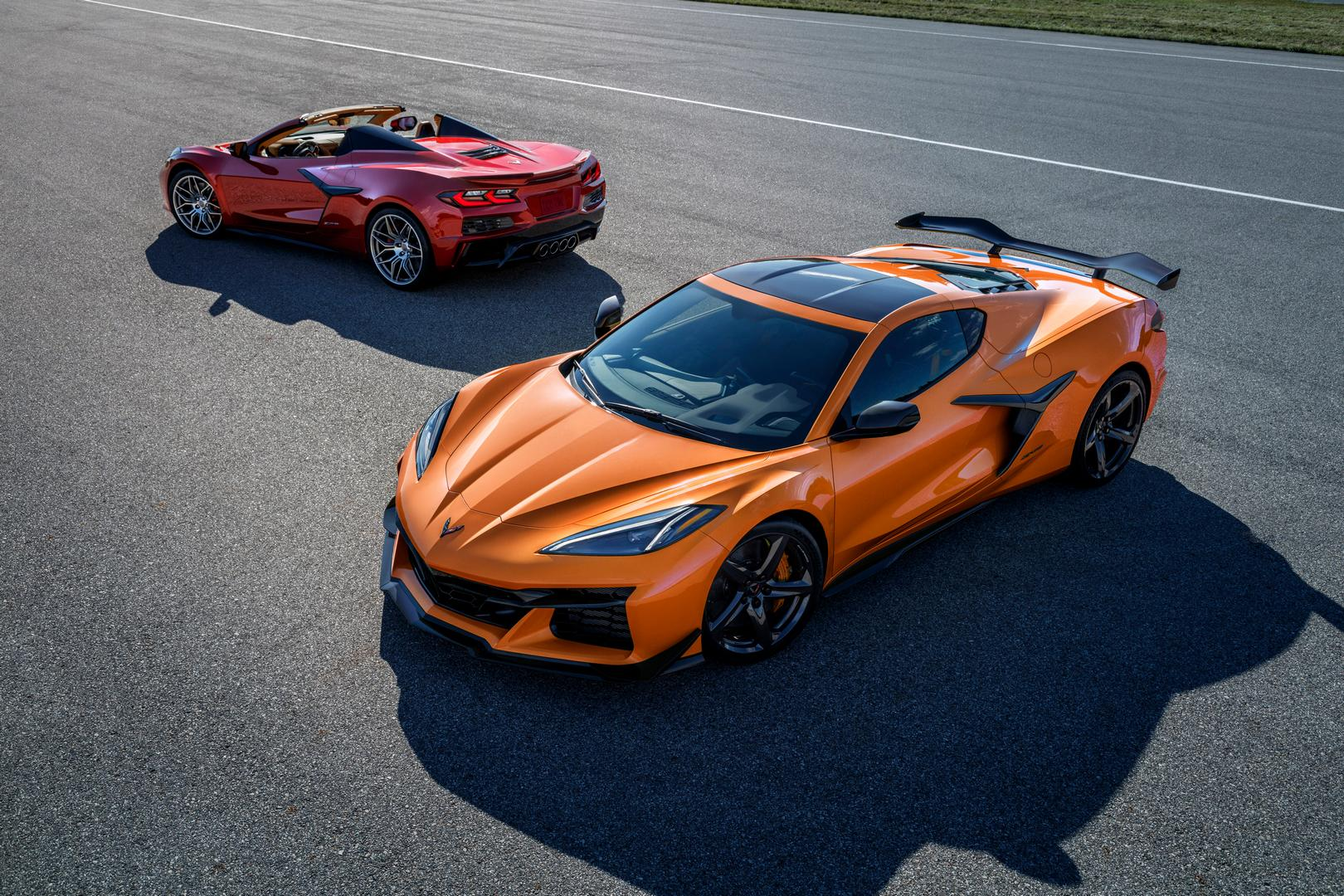 2023 Chevy Corvette Z06 Revealed with 670hp and a Fair Price!