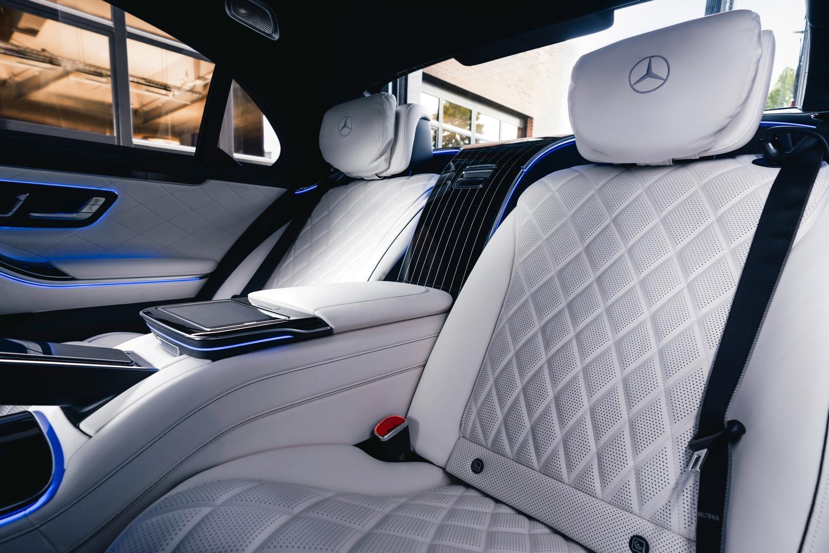 Mercedes S580 white interior