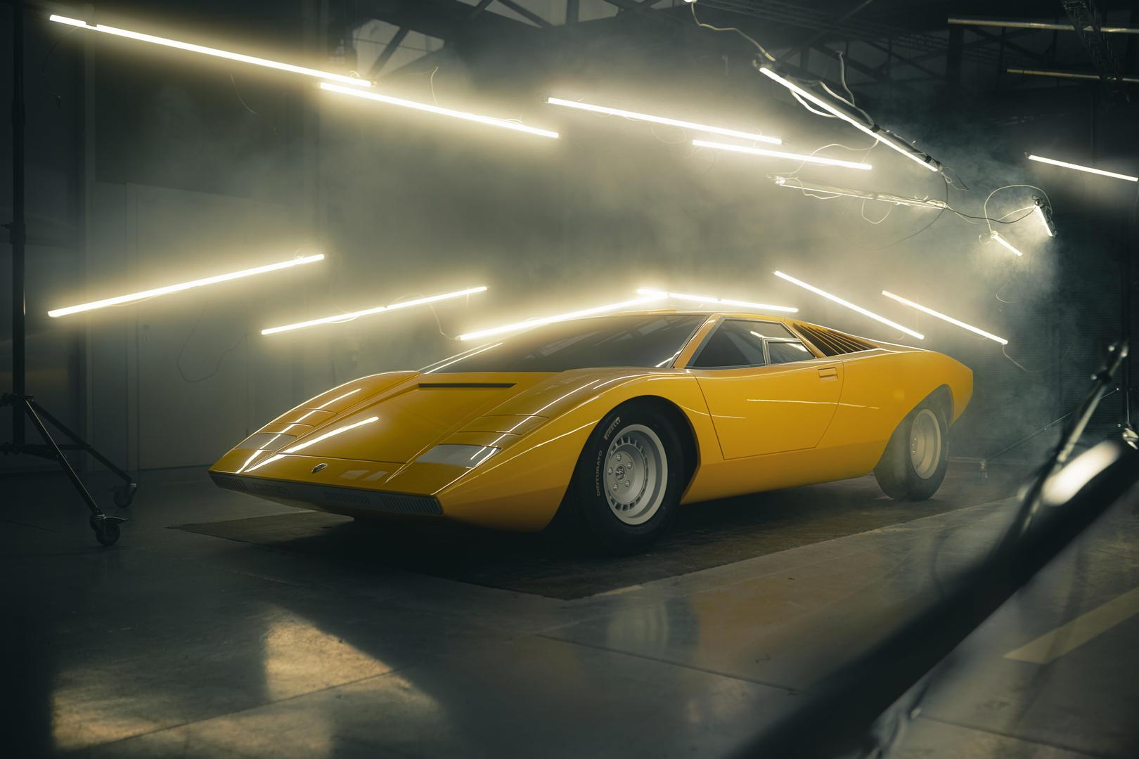 This is the Most Beautiful Lamborghini You Will See Today