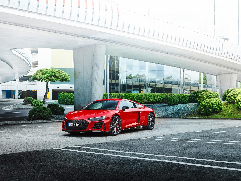 Tango Red Audi R8 V10