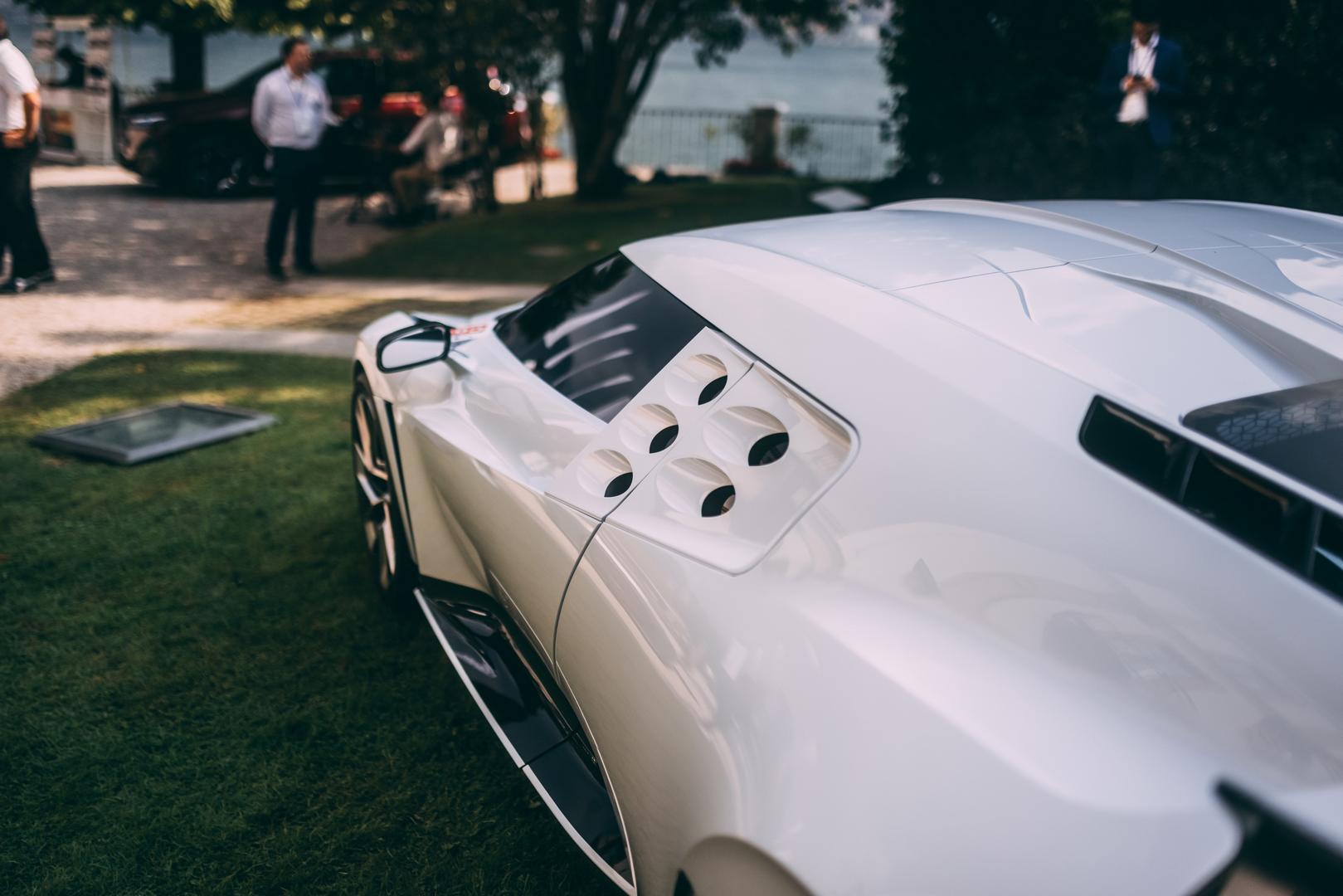 Bugatti Centodieci window