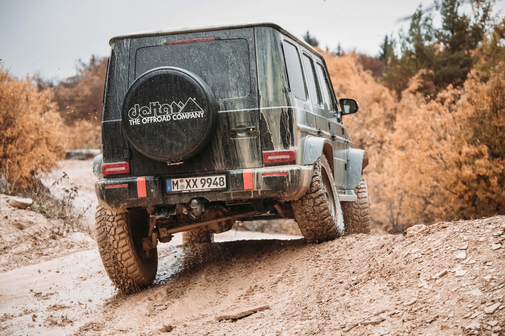 Mercedes G Wagon wheels off road